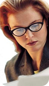 ladyw_glasses_round